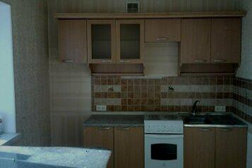 2-комн. квартира, 42 кв.м. на 5 человек, улица Ватутина, 28, Первоуральск - Фотография 4