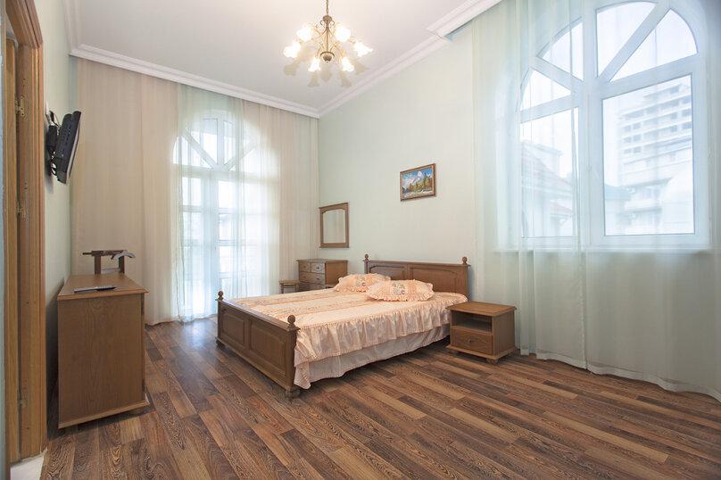 Вилла, 610 кв.м. на 14 человек, 7 спален, Медовая улица, 48, Адлер - Фотография 13