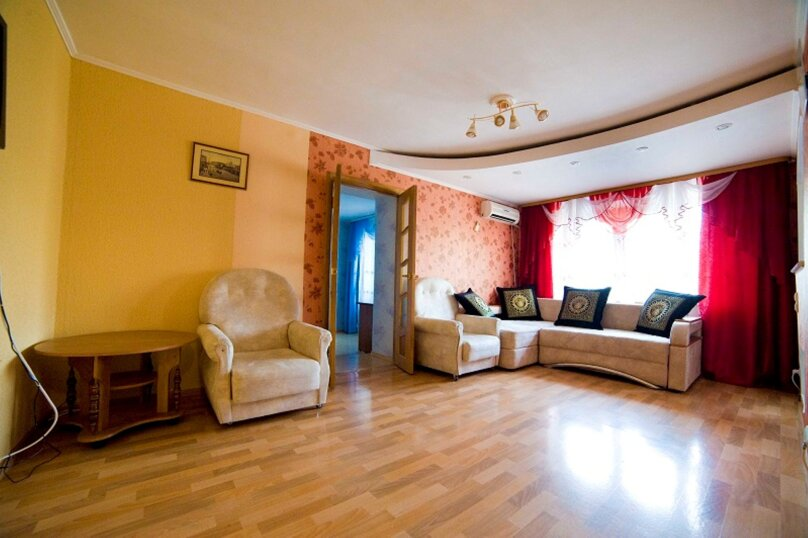 2-комн. квартира, 55 кв.м. на 4 человека, улица Пушкина, 15, Хабаровск - Фотография 3