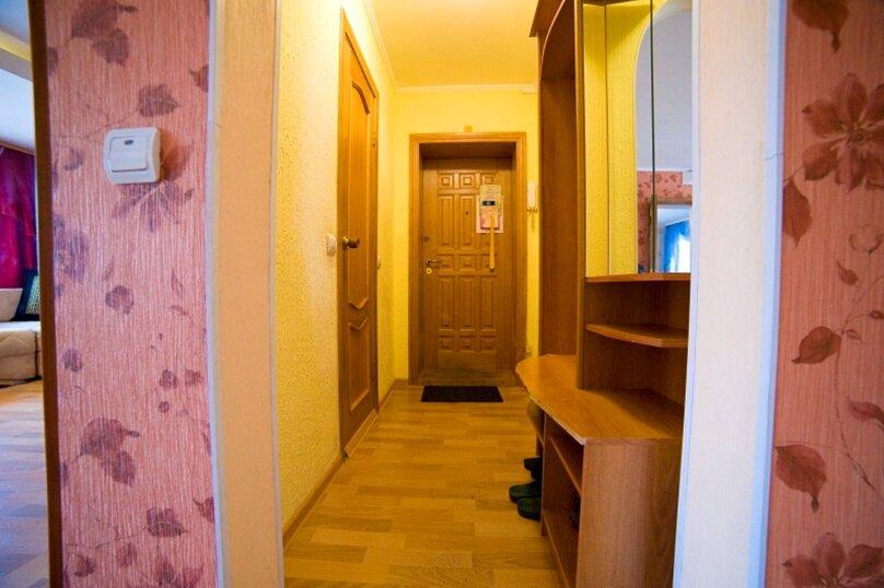 2-комн. квартира, 55 кв.м. на 4 человека, улица Пушкина, 15, Хабаровск - Фотография 8