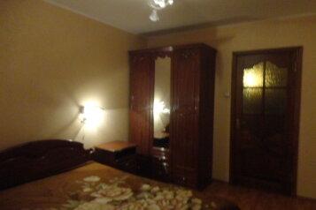 2-комн. квартира, 70 кв.м. на 4 человека, Октябрьская улица, 62, Советский район, Орел - Фотография 1