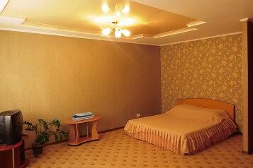 1-комн. квартира, 32 кв.м. на 2 человека, Привокзальная улица, 5, Центральный, Барнаул - Фотография 1