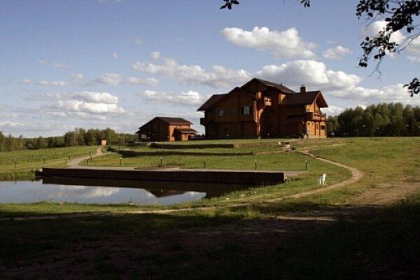 Мини-отель, село Горицы , М. КЛИМОВО на 10 номеров - Фотография 1