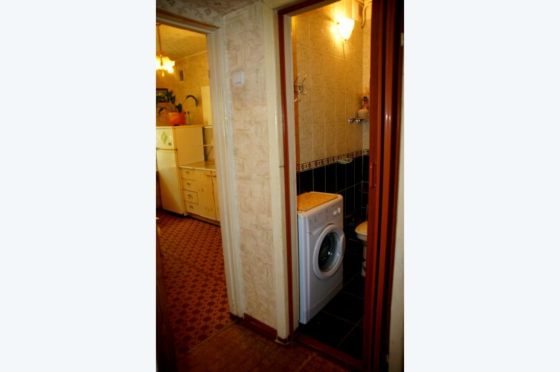 1-комн. квартира, 50 кв.м. на 4 человека, проспект Ленина, 22, метро Площадь Ленина, Волгоград - Фотография 3