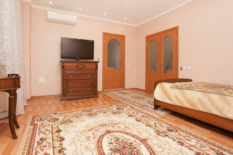 1-комн. квартира, 56 кв.м. на 3 человека, Меридианная улица, 10, Казань - Фотография 4
