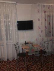 2-комн. квартира, 52 кв.м. на 4 человека, улица Мурадьяна, Нижнекамск - Фотография 4