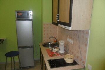 1-комн. квартира, 35 кв.м. на 3 человека, улица Байкова, район Завеличье, Псков - Фотография 4