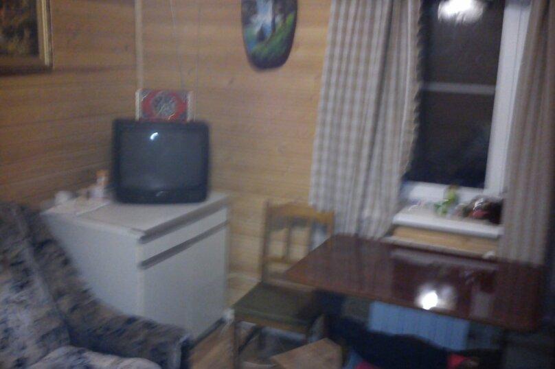 Дом с большой террасой, 76 кв.м. на 6 человек, 2 спальни, пос. Ермолино, улица Мира, 40А, Боровск - Фотография 15