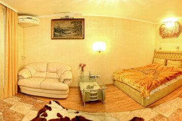 1-комн. квартира, 40 кв.м. на 3 человека, улица Шмидта, 3, Севастополь - Фотография 1