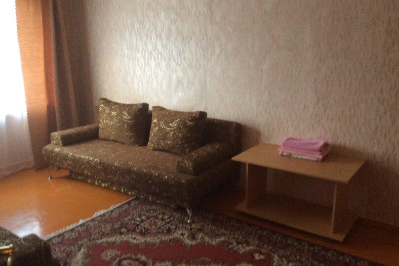 2-комн. квартира на 6 человек, проспект Победы, 54, Каменск-Уральский - Фотография 4
