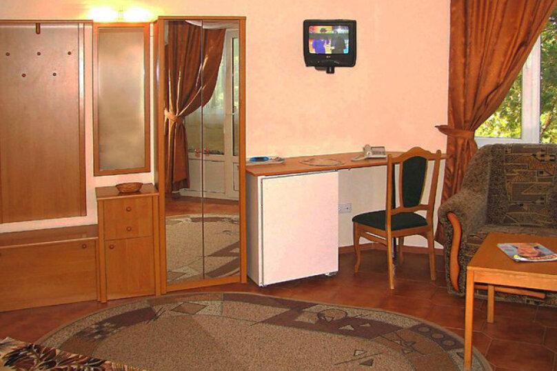 Стандарт, 1-комнатный, улица Космонавтов, 14А, Форос - Фотография 1