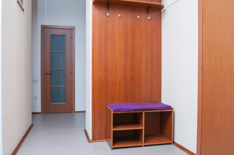 2-комн. квартира, 75 кв.м. на 5 человек, улица Мира, 20, метро Комсомольская, Волгоград - Фотография 12
