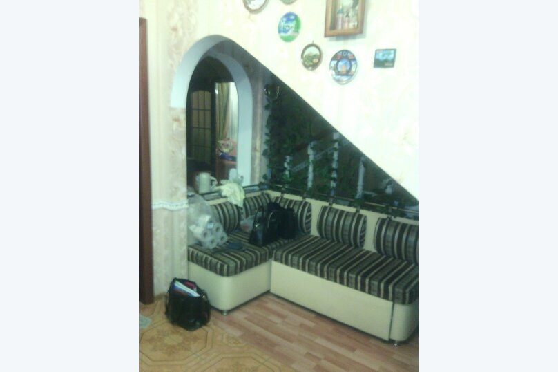 Коттедж в Стрельне, улица Чернышевского, 2 на 5 комнат - Фотография 2