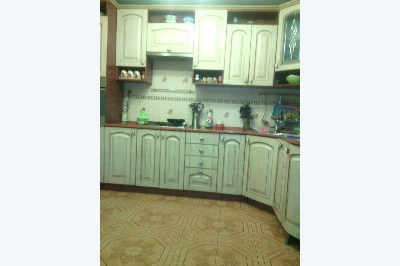 Коттедж в Стрельне, улица Чернышевского, 2 на 5 комнат - Фотография 3