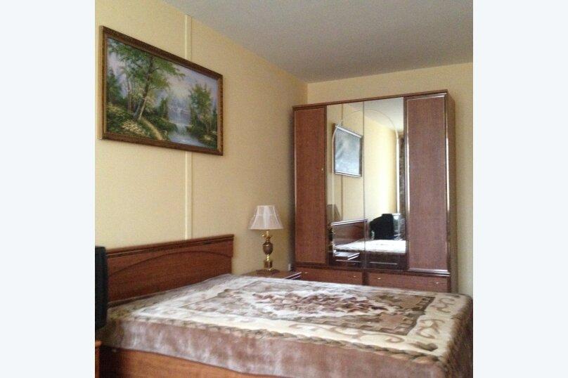1-комн. квартира, 40 кв.м. на 4 человека, улица Доваторцев, 52В, Ставрополь - Фотография 1