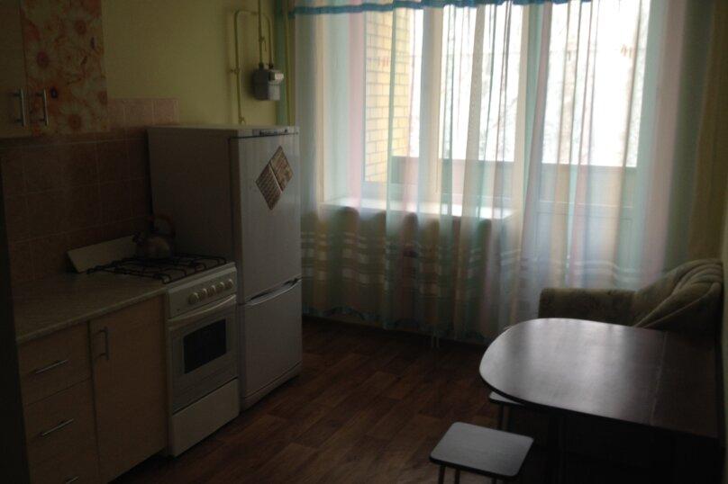 1-комн. квартира, 40 кв.м. на 4 человека, улица Доваторцев, 52В, Ставрополь - Фотография 4