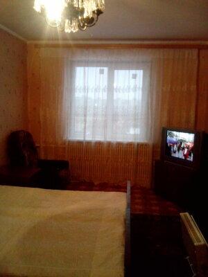 1-комн. квартира, 40 кв.м. на 4 человека, м-он «Студенческий», 1/2, Юго-Западный район, Старый Оскол - Фотография 1