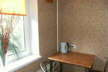 2-комн. квартира на 4 человека, Кузнецкстроевский проспект, Центральный район, Новокузнецк - Фотография 3