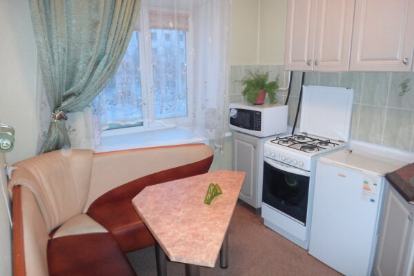 1-комн. квартира на 3 человека, проспект Ленина, 60, Центральный район, Комсомольск-на-Амуре - Фотография 1