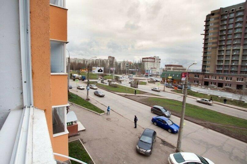 2-комн. квартира, 52 кв.м. на 5 человек, улица Советской Армии, 120, Самара - Фотография 8