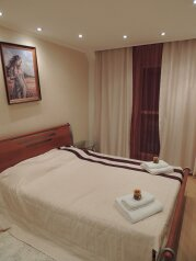 3-комн. квартира, 63 кв.м. на 6 человек, улица Кати Зеленко, 6А, Центральный округ, Курск - Фотография 1