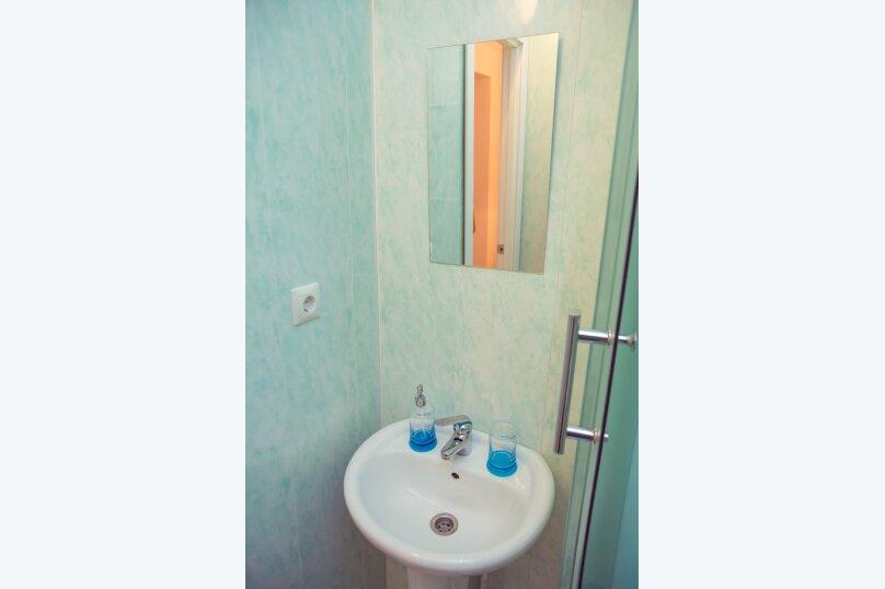 2-комн. квартира, 52 кв.м. на 5 человек, улица Котовского, 16, Омск - Фотография 8