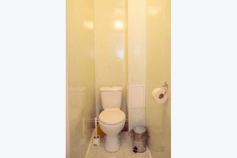 2-комн. квартира, 52 кв.м. на 5 человек, улица Котовского, 16, Омск - Фотография 9