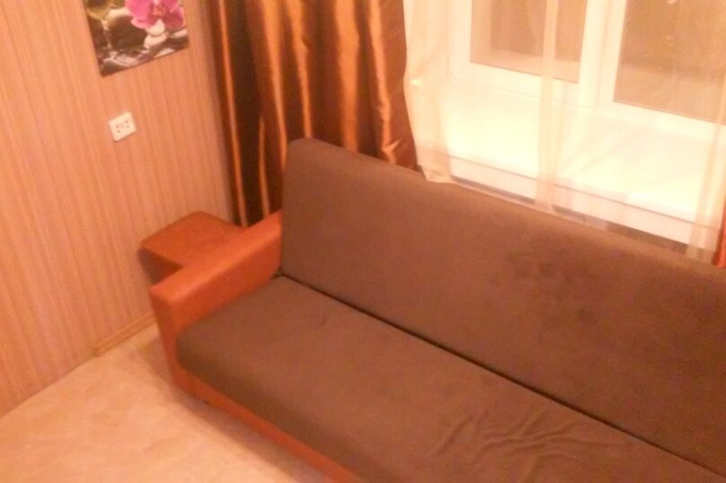 4-комн. квартира, 65 кв.м. на 8 человек, улица Ватутина, 65, Новосибирск - Фотография 3