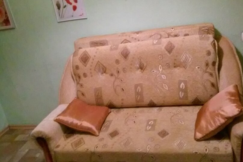 4-комн. квартира, 65 кв.м. на 8 человек, улица Ватутина, 65, Новосибирск - Фотография 4