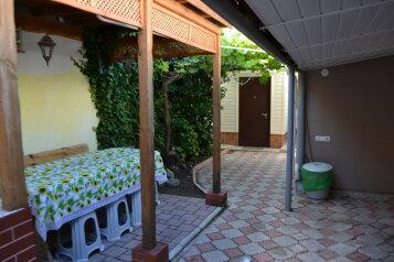 Дом в Евпатории под ключ, 55 кв.м. на 6 человек, 3 спальни, Тихий переулок, 3, Евпатория - Фотография 2