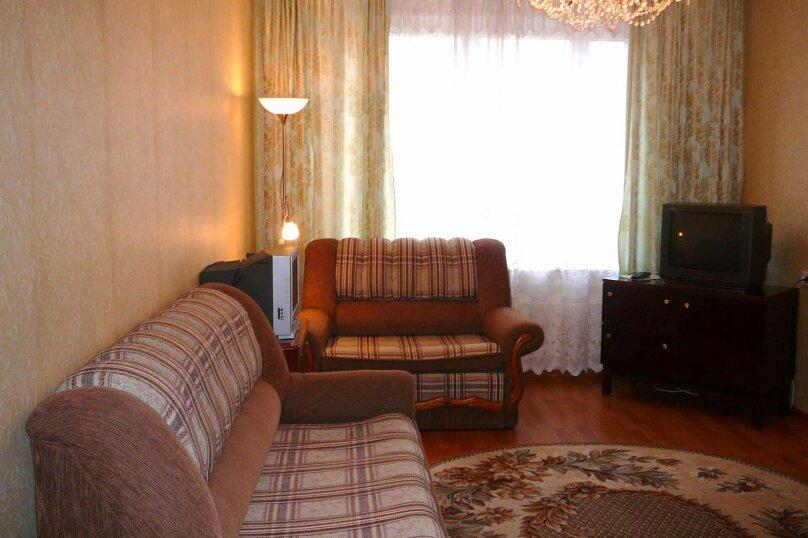 2-комн. квартира, 45 кв.м. на 2 человека, улица Лермонтова, 61, Иркутск - Фотография 3