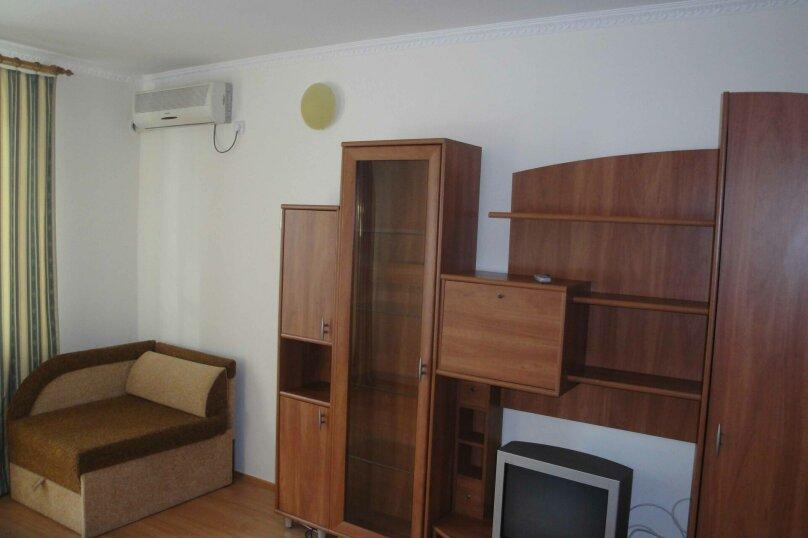 3-комн. квартира, 73 кв.м. на 6 человек, Долинный переулок, 15, Коктебель - Фотография 2