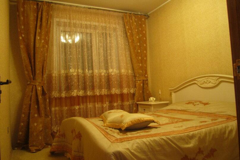 3-комн. квартира, 82 кв.м. на 6 человек, улица Воронова, 37, Красноярск - Фотография 3