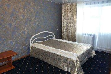 1-комн. квартира, 36 кв.м. на 2 человека, улица Пирогова, 18к2, Промышленный район, Ставрополь - Фотография 1