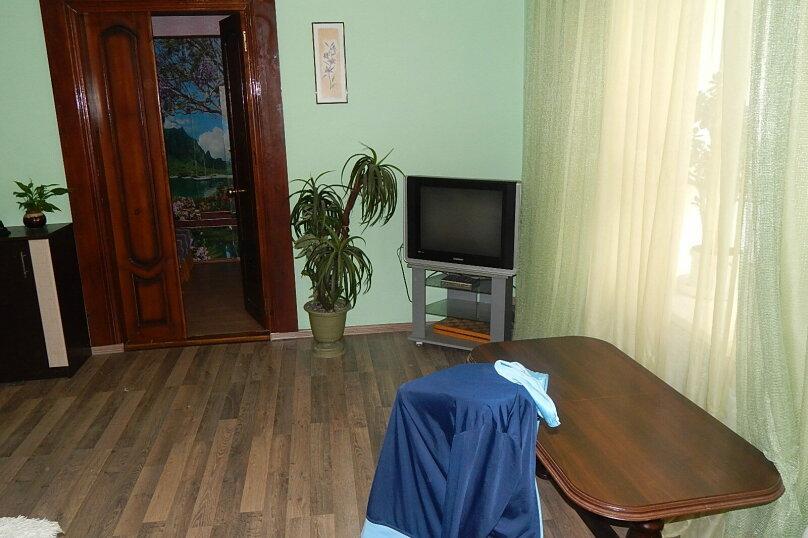3-комн. квартира на 7 человек, Пляжный переулок, 4, Евпатория - Фотография 2