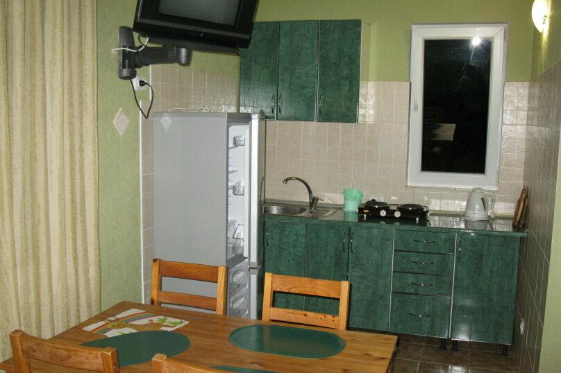 Коттедж, 80 кв.м. на 10 человек, 3 спальни, Маратовская улица, 57е, Гаспра - Фотография 8