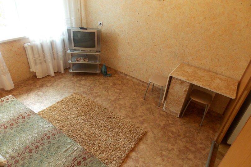 1-комн. квартира, 18 кв.м. на 2 человека, Коммунальная улица, 4, Красноярск - Фотография 1