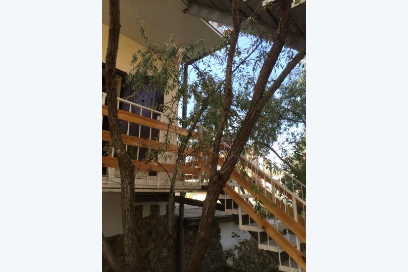 "Гостевой дом ""Фаэтон"", улица Нахимова, Р-н дома 25 на 8 комнат - Фотография 12"