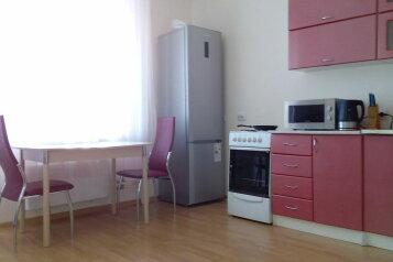 1-комн. квартира на 4 человека, улица Бориса Опрокиднева, Восточный район, Тюмень - Фотография 2