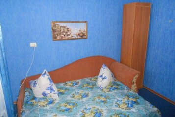Частный дом, 140 кв.м. на 10 человек, 4 спальни, улица Фрунзе, 20Б, Черноморское - Фотография 2