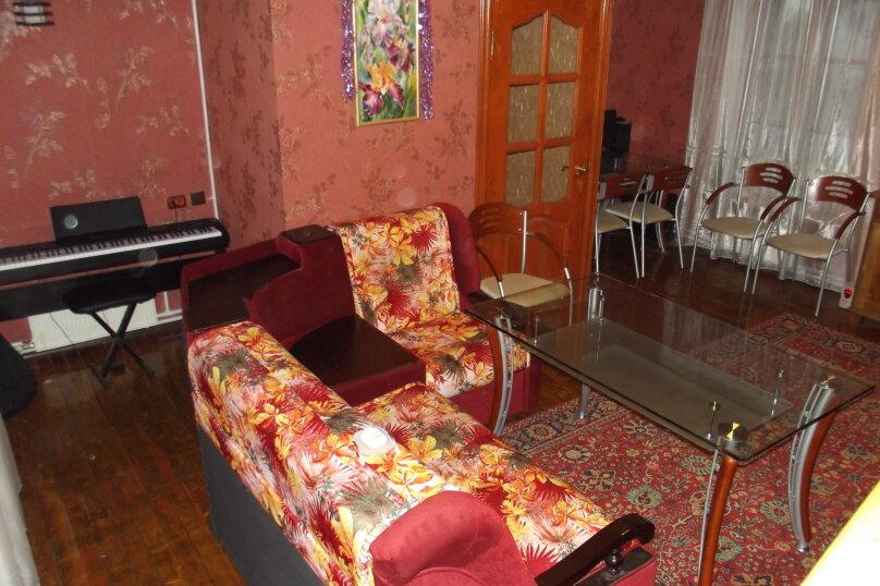 Коттедж в Поварово, 250 кв.м. на 15 человек, 4 спальни, Кольцевая, 14, Поварово Московская область - Фотография 9