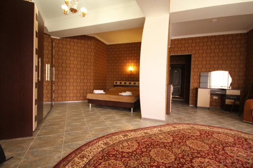 """Отель """"Калифорния"""", улица 60 лет ВЛКСМ, 35 на 38 номеров - Фотография 4"""