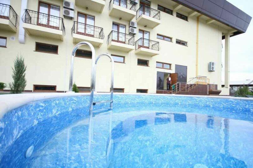 """Отель """"Калифорния"""", улица 60 лет ВЛКСМ, 35 на 38 номеров - Фотография 11"""