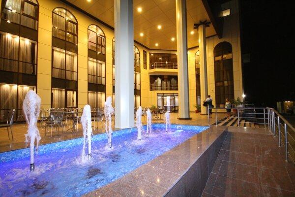 Отель, улица 60 лет ВЛКСМ, 35 на 38 номеров - Фотография 1