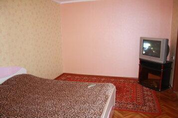 1-комн. квартира на 2 человека, 50 лет ВЛКСМ, 7, Сургут - Фотография 2