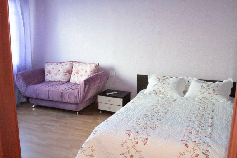 1-комн. квартира, 36 кв.м. на 3 человека, Олимпийская, 87, Кировск - Фотография 1