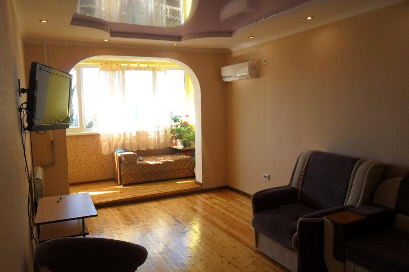 3-комн. квартира, 68 кв.м. на 6 человек, улица Сурикова, 16, Алупка - Фотография 11