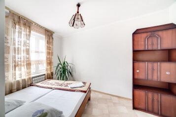 2-комн. квартира, 58 кв.м. на 4 человека, проспект Героев Сталинграда, 60, Севастополь - Фотография 3