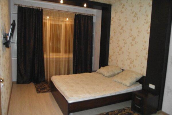 1-комн. квартира, 36 кв.м. на 3 человека, Олимпийская, 85, Кировск - Фотография 1
