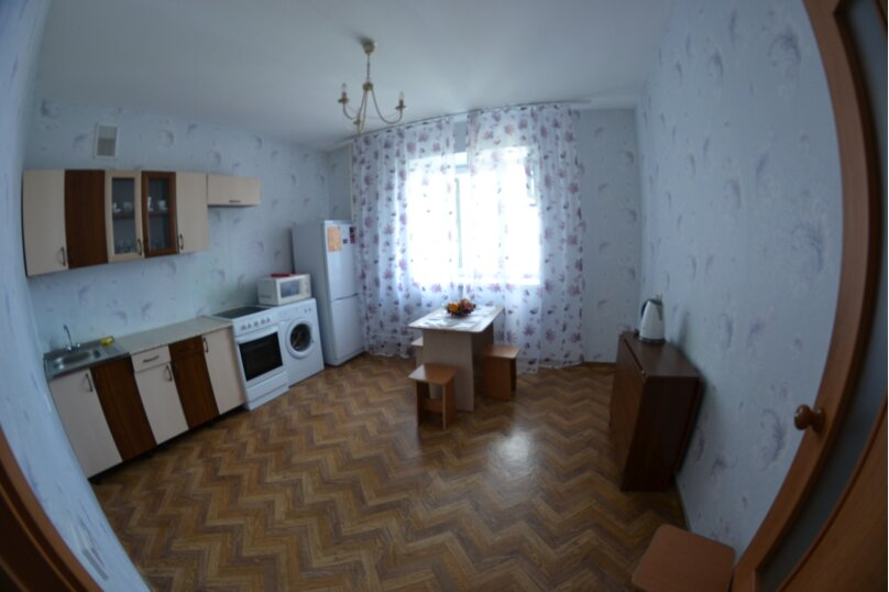 3-комн. квартира, 90 кв.м. на 4 человека, улица Алексеева, 89, Красноярск - Фотография 6